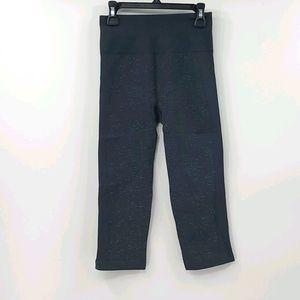 Lululemon ebb to street gray seamless crop legging